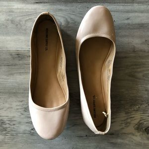 Mossimo Nude Patent Flats 9.5